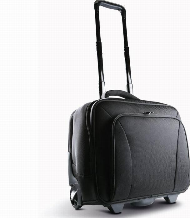 Kufr na koleèkách